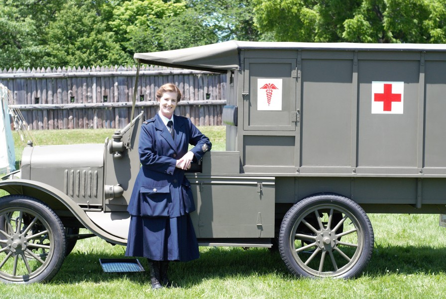 Now, she brings it to events such as Fort George's WW1 Commemoration weekend. (Brittany Carter/Niagara Now)