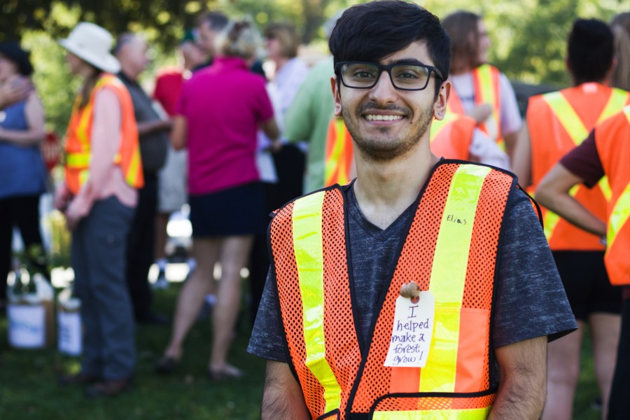 Niagara College student Elias Abraham participated in the harvest for the first time. (Dariya Baiguzhiyeva/Niagara Now)