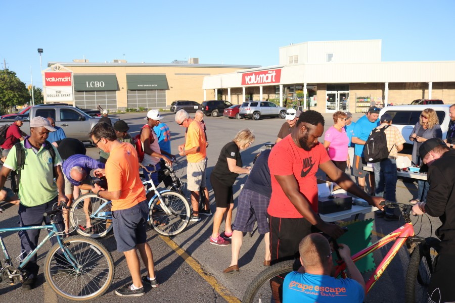 More than 250 bikes have been equipped with lights at the second Lights for Bikes event held at Phil's Valu-Mart. (Dariya Baiguzhiyeva/Niagara Now)